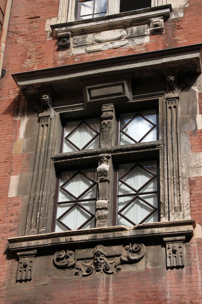 http://toulouse-brique.com/photos/hotels/hotels-autres-3/aldeguier-04.jpg